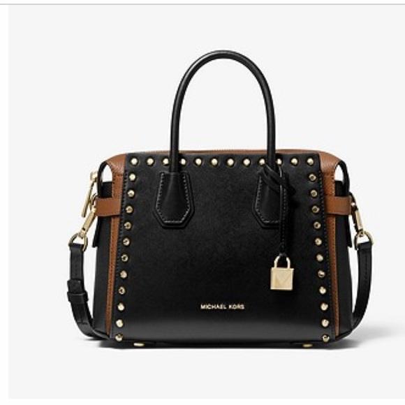 Michael Kors Handbags - Michael Kors Leather Bag